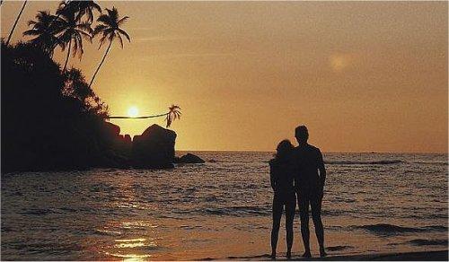 voyages de noces seychelles organisez votre voyage de noces et votre mariage aux seychelles. Black Bedroom Furniture Sets. Home Design Ideas